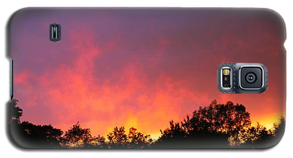 Galaxy S5 Case featuring the photograph Crepuscule by Bruce Patrick Smith