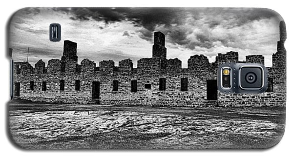 Crown Point Barracks Black And White Galaxy S5 Case by Joshua House