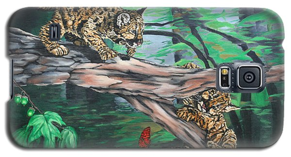 Galaxy S5 Case featuring the painting Cubs At Play by Wendy Shoults