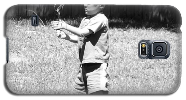 Galaxy S5 Case featuring the photograph Curious Boy by Ester  Rogers