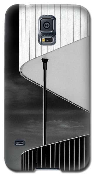 Curved Balcony Galaxy S5 Case