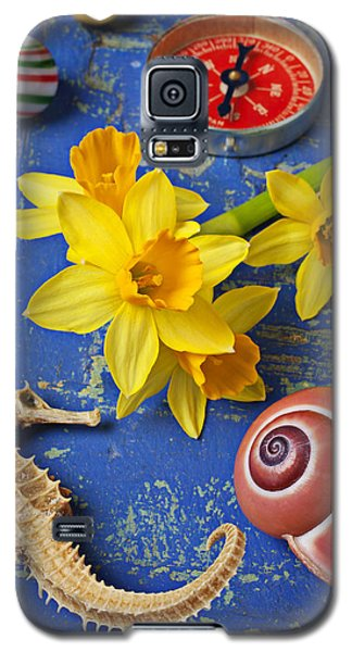 Daffodils And Seahorse Galaxy S5 Case