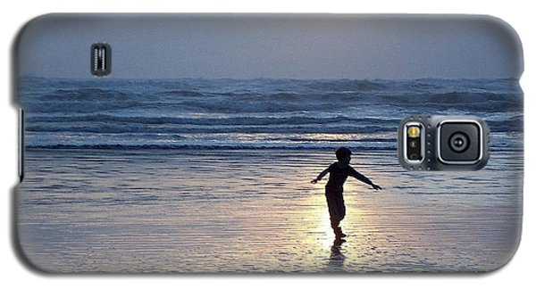 Galaxy S5 Case featuring the photograph Dancing Boy At Sunset by Peter Mooyman
