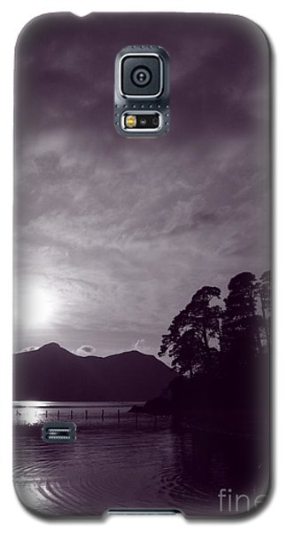 Galaxy S5 Case featuring the photograph Derwent Ripples by Linsey Williams