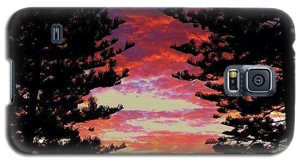 Cause Galaxy S5 Case - Dolls Sunrise. #sky #sunrise #cloudporn by Matthew Vasilescu