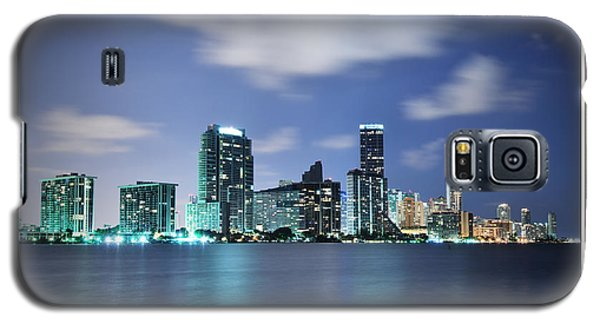 Galaxy S5 Case featuring the photograph Downtown Miami At Night by Carsten Reisinger