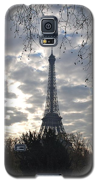 Galaxy S5 Case featuring the photograph Eiffel In The Morning by Eric Tressler