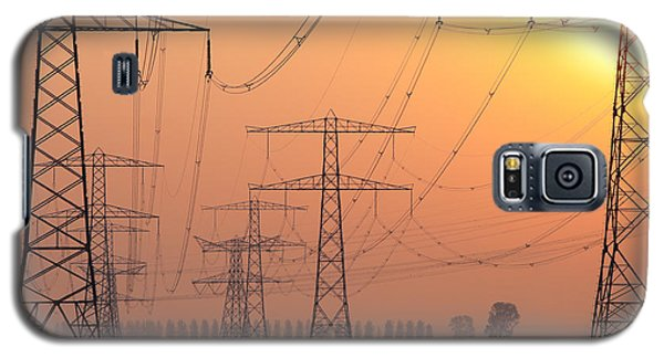 Electricity Pylons Galaxy S5 Case by Hans Engbers