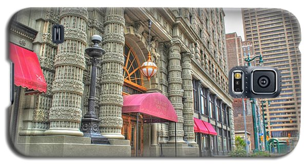 Galaxy S5 Case featuring the photograph Ellicott Square Building And Hsbc by Michael Frank Jr