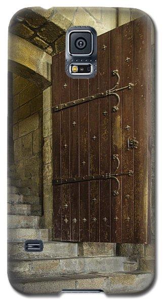 Galaxy S5 Case featuring the photograph Entrance by Marta Cavazos-Hernandez