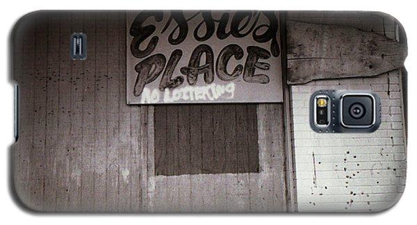 Essie's Place Galaxy S5 Case