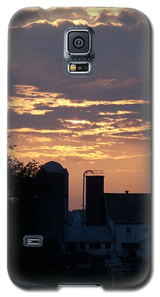 Galaxy S5 Case featuring the photograph Evening On The Farm by Robin Regan