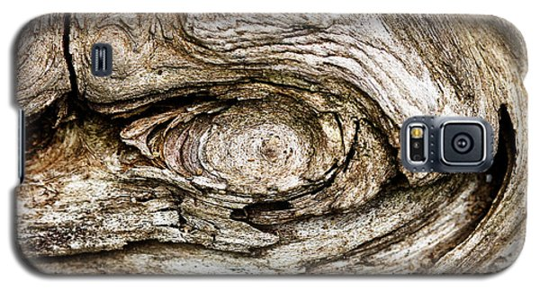 Eye Of Mystery Knot In Wood Galaxy S5 Case by Tracie Kaska