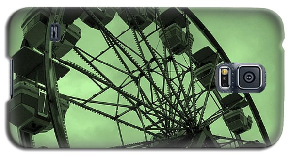 Galaxy S5 Case featuring the photograph Ferris Wheel Green Sky by Ramona Johnston