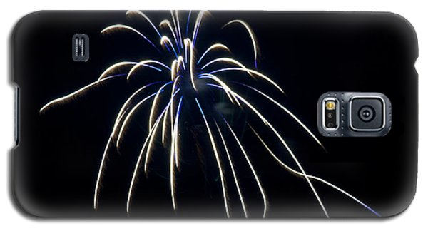 Galaxy S5 Case featuring the photograph Fireworks 4 by Mark Dodd