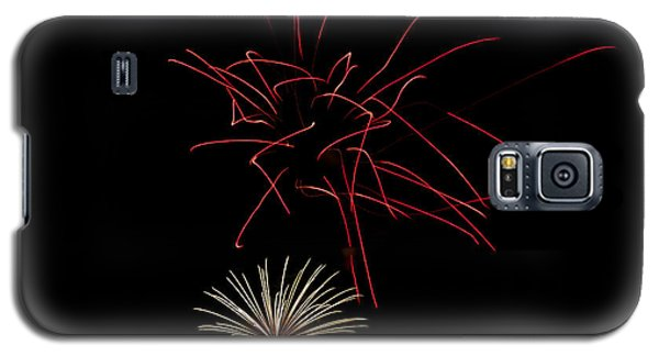Galaxy S5 Case featuring the photograph Fireworks 6 by Mark Dodd