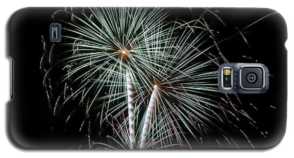 Galaxy S5 Case featuring the photograph Fireworks 8 by Mark Dodd