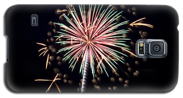 Galaxy S5 Case featuring the photograph Fireworks 9 by Mark Dodd