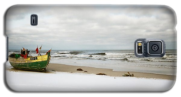 Galaxy S5 Case featuring the photograph Fishermen's Boat Waiting On A Beach by Agnieszka Kubica