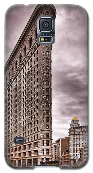 Flat Iron Building Galaxy S5 Case by Michael Dorn