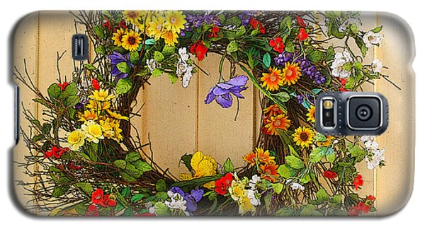 Galaxy S5 Case featuring the photograph Floral Wreath by Cindy Haggerty