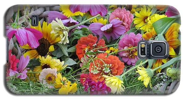 Galaxy S5 Case featuring the photograph Flowers by Tina M Wenger