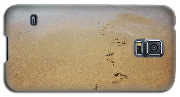 Footprints In The Sand Galaxy S5 Case