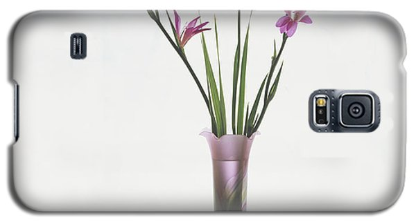 Freesias In Vase Galaxy S5 Case by Susan Rovira
