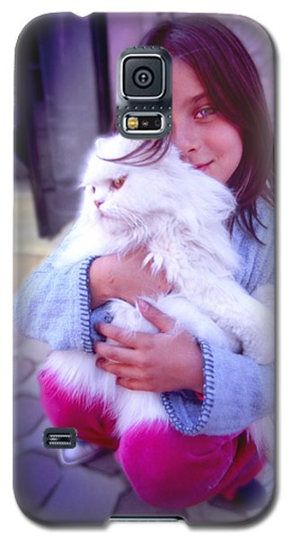 Galaxy S5 Case featuring the photograph Friends by Richard Piper