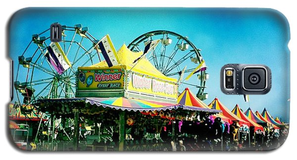 Galaxy S5 Case featuring the photograph Fun At The Fair by Nina Prommer
