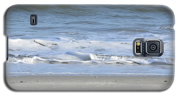 Galaxy S5 Case featuring the photograph Gentle Tides by Margaret Palmer