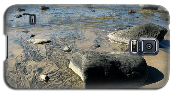 Galaxy S5 Case featuring the photograph Georgian Bay Rocks by Nadine Dennis