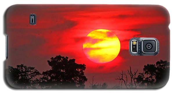 Galaxy S5 Case featuring the photograph Glory Ablazed by Luana K Perez