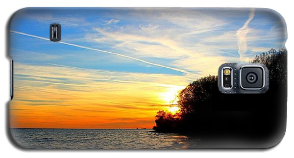 Galaxy S5 Case featuring the photograph Golden Sunset by Davandra Cribbie