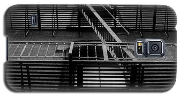 Professional Galaxy S5 Case - Good Morning. #blackandwhite #bw by Robbert Ter Weijden