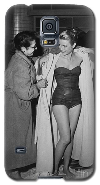 Grace Kelly  Galaxy S5 Case by Photo Researchers