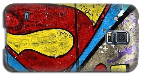 Superhero Galaxy S5 Case - #grafetti #superman #1970 #paris by Jenny Mills