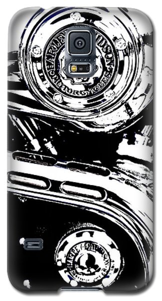 Galaxy S5 Case featuring the photograph Harley Skulls by Randall  Cogle