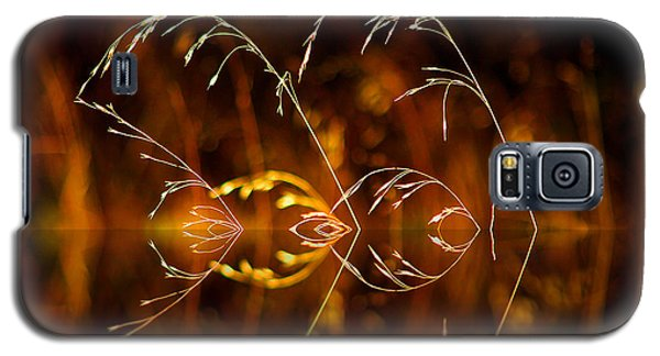 Galaxy S5 Case featuring the photograph Heartbeat by Vicki Pelham