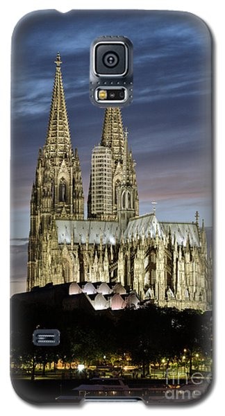 High Cathedral Of Sts. Peter And Mary In Cologne Galaxy S5 Case