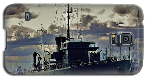 Galaxy S5 Case featuring the photograph Hmas Castlemaine 1 by Blair Stuart