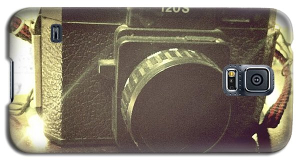 Galaxy S5 Case featuring the photograph Holga by Nina Prommer