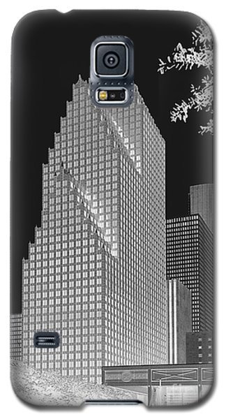 Houston Skyline - Kodak Film Bw Solarized Galaxy S5 Case by Connie Fox