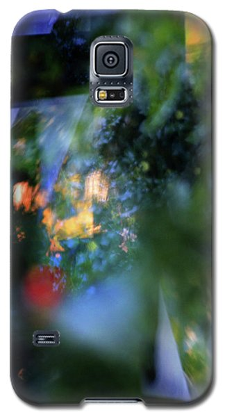 Galaxy S5 Case featuring the photograph Hues - Forms - Feelings   by Richard Piper