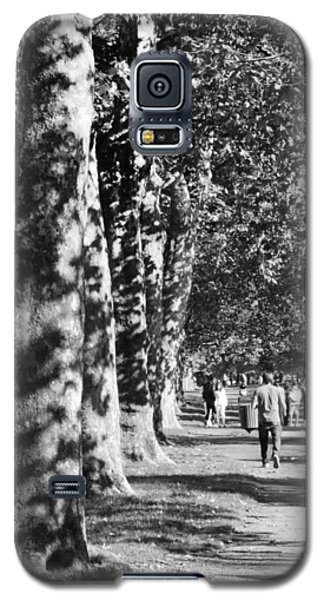Galaxy S5 Case featuring the photograph Hyde Park Trees by Maj Seda