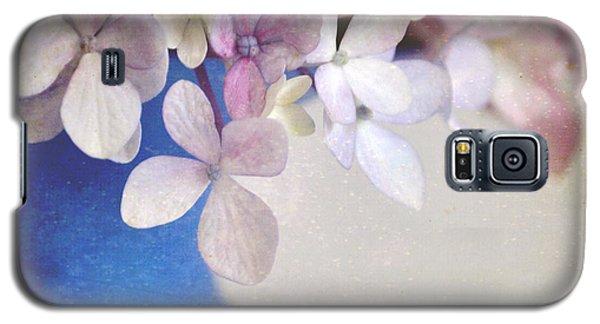 Hydrangeas In Deep Blue Vase Galaxy S5 Case by Lyn Randle