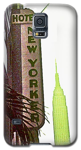Galaxy S5 Case featuring the photograph I Love New York by Beth Saffer