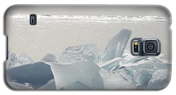 Ice Chunks On The Shores Of Lake Galaxy S5 Case