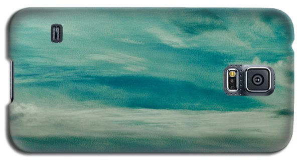 Galaxy S5 Case featuring the photograph Icelandic Sky by Michael Canning