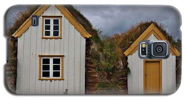 Icelandic Turf Houses Galaxy S5 Case